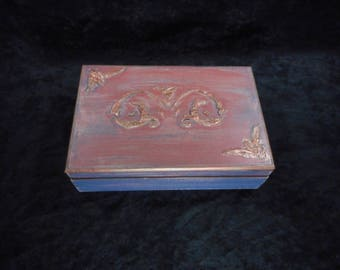 """Jewelry box solid pine wood with finish ancient technique / Piece of unique """""""""""