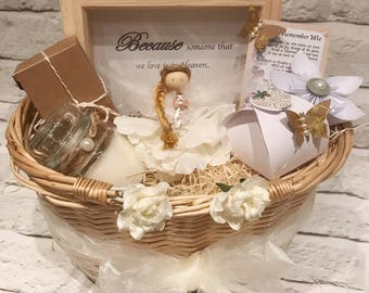 Bereavement gift basket, gift basket, remembrance gift , grieving gift , thinking of you, sympathy gift, baby loss gift basket, gift hamper