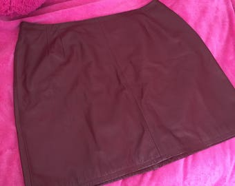 VTG Red Leather Skirt Sz 22