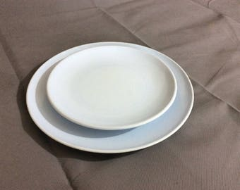 "Vintage Retro 10"" Dinner Plate and 8"" Salad Plate in Light Blue by Watertown Lifetime Wear"