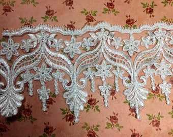 Extra wide lace trim