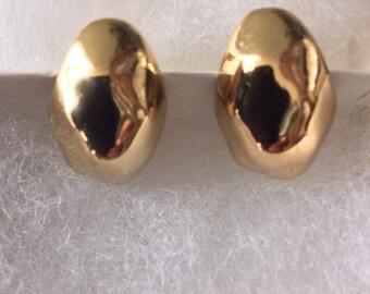 Napier Gold Tone clip on earrings