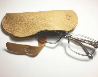 Eyeglass Case (Tan)