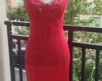 Rare red vintage lace full body slip size 34