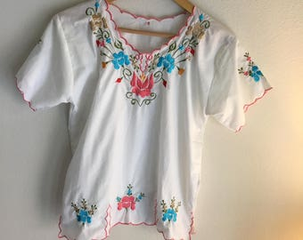 70s vintage white embroidered blouse floral semi sheer shirt boho 1970s