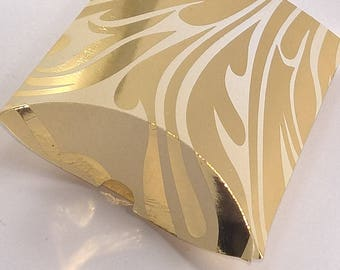 Gift boxes, Favour boxes, present boxes, pillow boxes, wedding boxes, party boxes, prize boxes, boxes,
