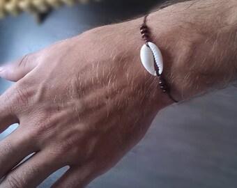 Mens cowrie shell bracelet