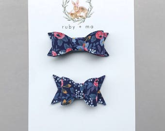 Chunky or Classic floral bow, Vintage Floral Bow
