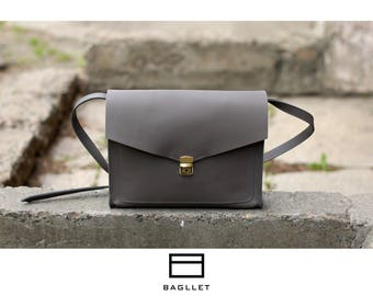 Leather Bag B032, Leather messenger, leather handbag, leather crossbody, messenger bag, leather bag purse, womens handbag,  crossbody bag