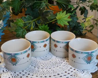 Set of 4 Majesticware genuine stoneware tea set