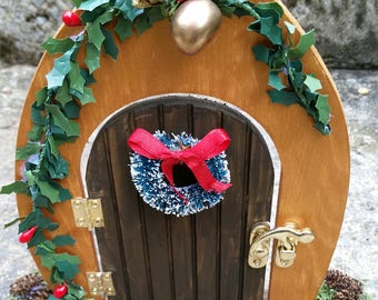 Christmas Fairy Door - Woodland Fairy/Elf