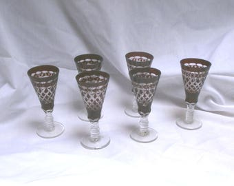Bohemian, antiqoe liqueur glasses/crystal cut glass/dark red/Victorian