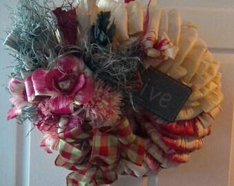 Wreath. Corn Husk red