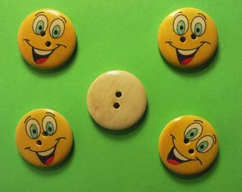 LOT 5 wood buttons: round Smiley 25 mm (01)