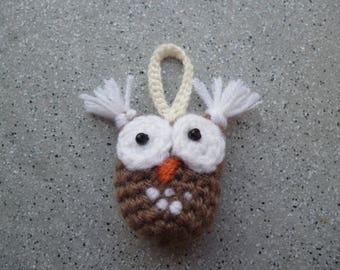 OWL, OWL crocheted handmade woolen, OWL pendant, OWL Keychain, OWL crochet OWL brooch