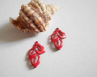x 2 glitter red enamel leaf pendant