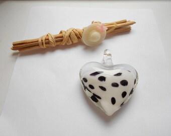 1 Pearl White polka dot heart pendant black