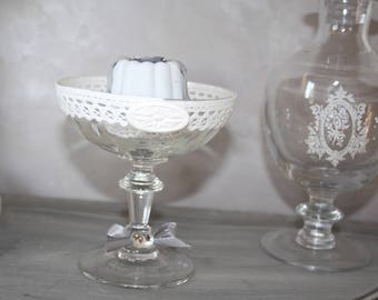 Use in his glass of champagne scented plaster