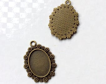 Set of 2 medallions/pendants for cabochon cameo 18 x 25 mm, antique bronze