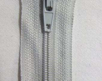 Closure zipper 20 cm not separable gray