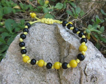 Bracelet weaved in cotton and round wooden beads boho wax, macramé, bright yellow and black, sliding and adjustable bracelet