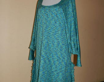 Large turquoise striped dress