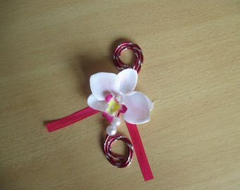 Lapel pin-wedding white and fuchsia