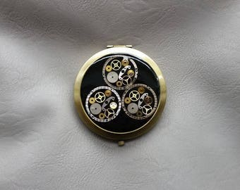 Pocket mirror in steampunk watch parts and resin