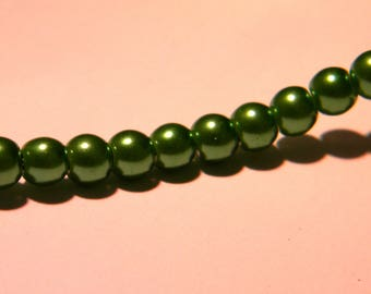 30 pearls Pearly iridescent glass 6 mm - bright green metallic PF129 3