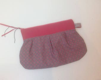 PLEATED clutch gray and pink flowers
