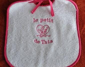 CHILD BIB AUNTIE HEART