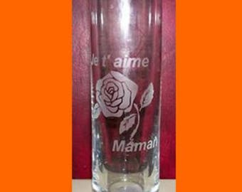 Gift for all moms with this etched vase