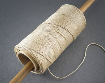 5 yards - wire 0.7 mm - ecru waxed polyester cord