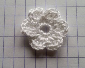 Applique crochet small white flower for sale individually