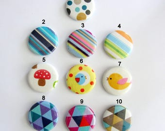 Set of 3 colorful round magnets