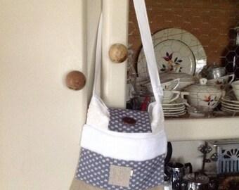 """Bag hanging in linen, fur, antique lace Monogram """"E"""""""