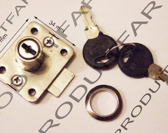 Key lock clasp for furniture wood cabinet latch. 42 x 34 mm