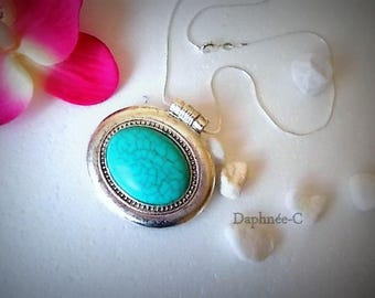 ☀ BAYA ☀ oval medallion and genuine turquoise stone necklace