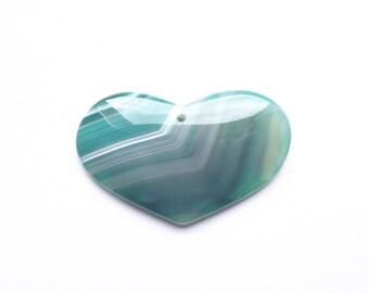 Great symmetrical heart dyed green agate KITRI 709