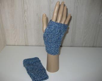 blue/white wool mittens