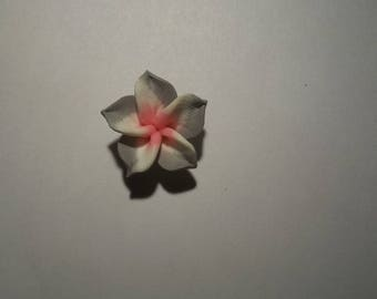 Flower polymer clay grey and white 20 mm