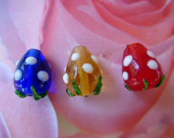 pearls glass Strawberry lampwork for creation of jewels in 3 different colors