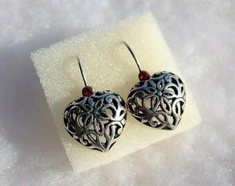 Earrings sleepers silver heart and vermilion vintage rhinestones