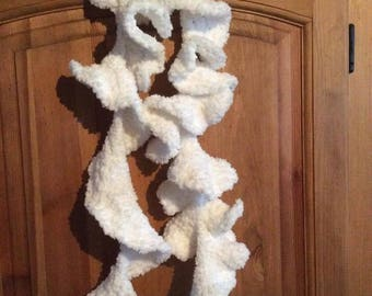 Froufrou scarf very soft white