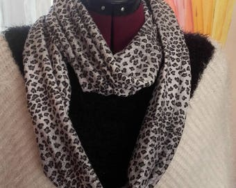 Chic tube scarf grey, black and silver