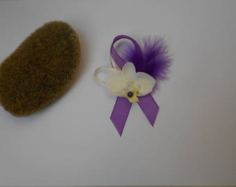 Boutonniere - PIN for wedding - ivory and purple