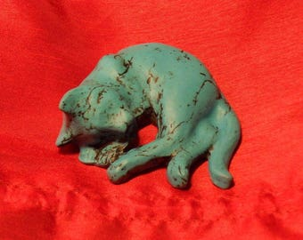 Cat polymer clay and the imitation turquoise