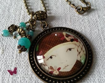 Bronze necklace with round cabochon pendant
