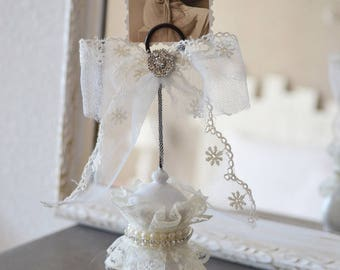 Shabby chic picture holder