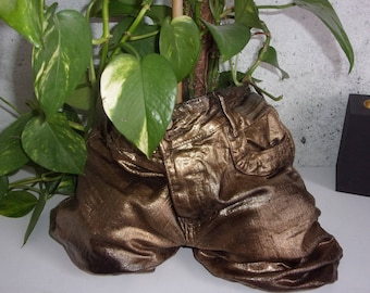 original pot of gold and black jeans